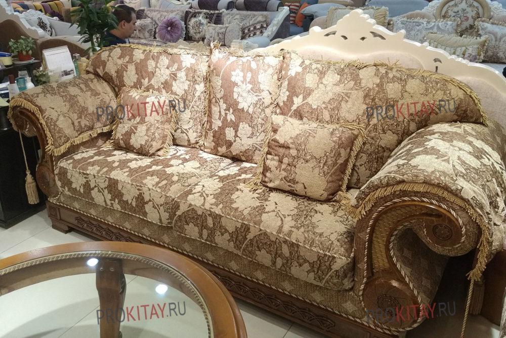 Классические диваны: дешевая мебель из Китая-0