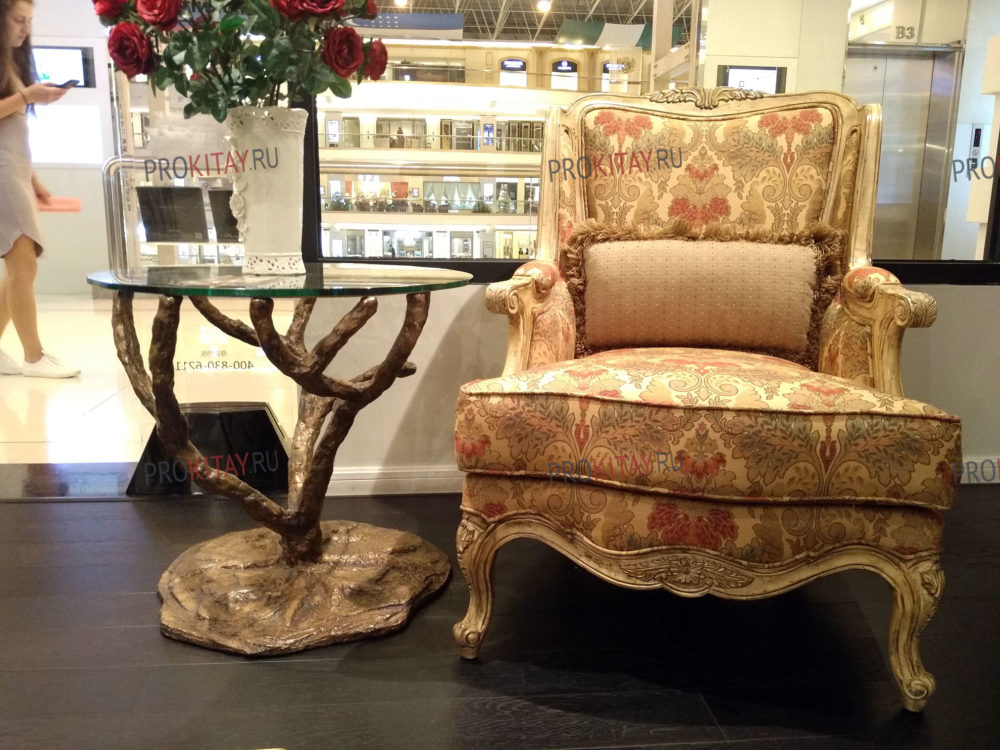 Классическая, состаренная мебель из массива ореха, мебельный тур из Иркутска-0